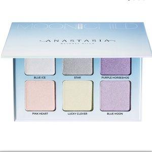 NEW Anastasia BH Moonchild Glow Kit